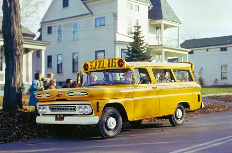 Школьные автобусы разных стран, изображение №4