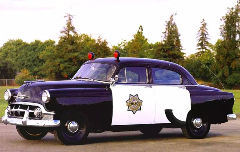 История полицейских авто Америки, изображение №6
