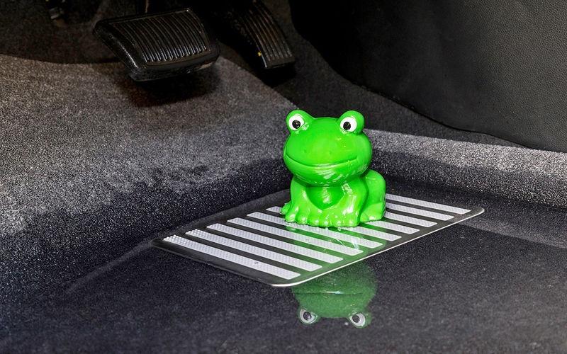 10 причин неприятного запаха в машине, изображение №4