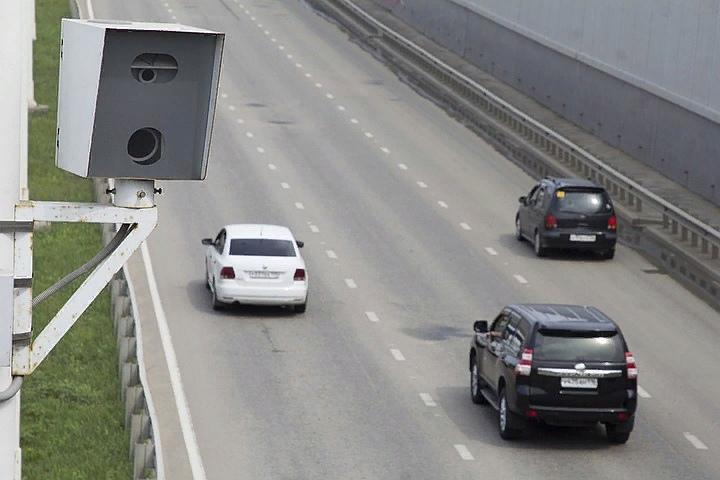 В Москве установили первую камеру с шумомером для выявления водителей, которые нарушают тишину ночью, изображение №1